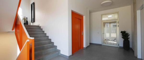 treppenhaus_flur_gebaeude_b_idpm_nrw_galerie